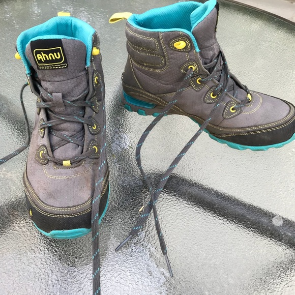 f63c7e558b2 AHNU Women's Sugarpine Waterproof Hiking Boot